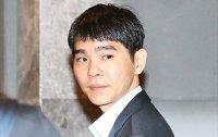 AlphaGo defeats top-ranked Lee Se-dol in historic go match
