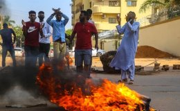Sudan general declares state of emergency, dissolves government after 'coup'