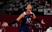 With trust in teammates, preparation, volleyball icon carries Korea to upset win