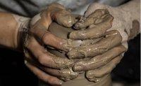 Pandemic has worsened ceramic artists' agony