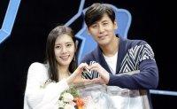 Korean celeb's Chinese husband apologizes over cheating scandal