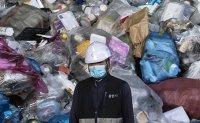 Plastic pandemic [PHOTOS]