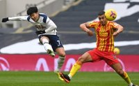 Son Heung-min ends scoring drought, helps snap Tottenham's losing skid