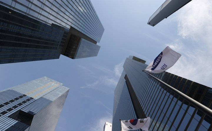 How will Samsung affiliates' stock prices move?