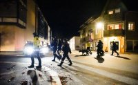 Assailant with bow and arrows kills 5 people in Norway