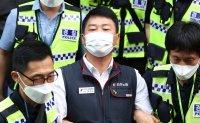 Umbrella union under siege