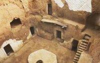 7천년 전에 지어진 지하 도시 '마트마타'