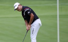 Kim Si-woo 5 off lead after 1st round in men's golf