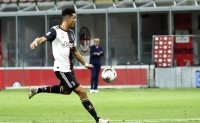 Juventus lets 2-goal lead slip in 4-2 loss at Milan