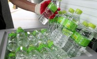 Water for people working outdoors in scorching heat