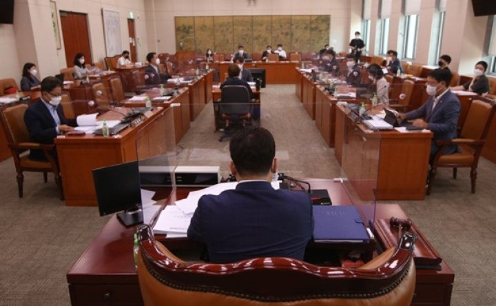 Ruling party's push for laws to make 'fake news' publishers pay draws concerns
