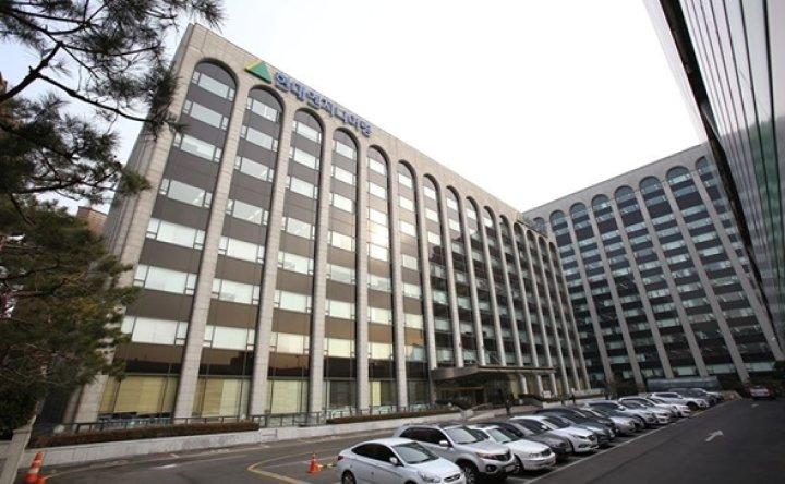 Hyundai EC Q3 net surges 77% on strong sales