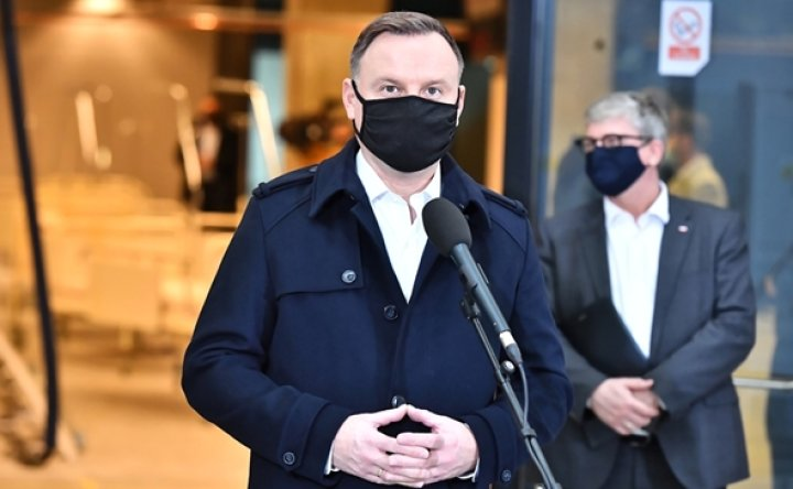 Polish President Duda infected with COVID-19, feels good: minister