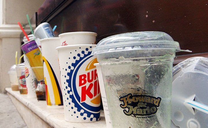 Takeout drinks price to rise with new 'cup deposit fee'