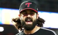 LG Twins bring back ace Casey Kelly for 3rd season