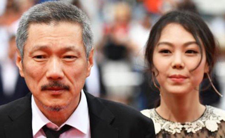 Korean director Hong Sang-soo wins best screenplay for 'Introduction' at Berlin film fest