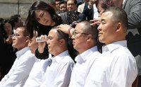 Opposition takes it to Cheong Wa Dae [PHOTOS]
