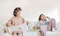 Over half of single Koreans in their 30s living with parents: report
