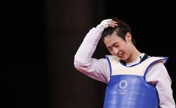 Lee Da-bin wins silver in women's taekwondo