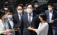 Samsung chief to stand trial over allegations of propofol use