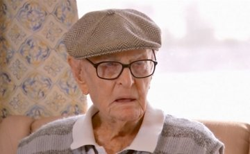 111-year-old Australian recommends eating chicken brains