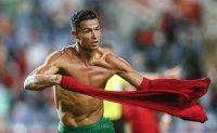Ronaldo to wear Manchester United's No.7 shirt