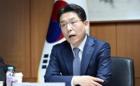 Korea's nuke envoy to hold bilateral, trilateral talks with US, Japanese counterparts