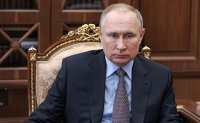 Putin gets jab of COVID-19 vaccine - out of the public eye