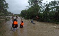 Cyclone Kompasu strikes Philippines; at least 9 killed