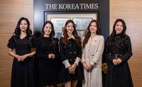 Miss Korea winners at Korea Times [PHOTO]