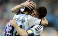 Argentina beat Dutch in shootout to reach final