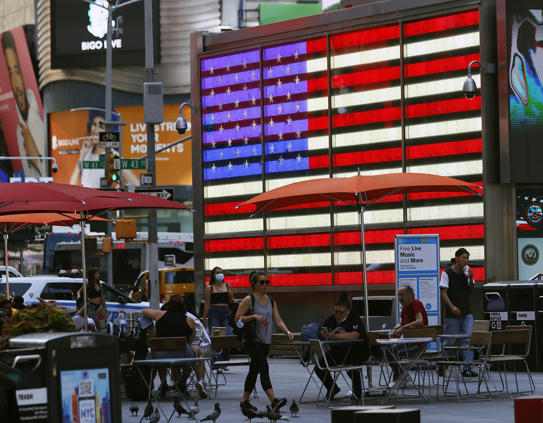 Census data: US is diversifying, white population shrinking