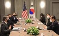 Chung, Blinken agree on close cooperation for peninsula denuclearization, peace