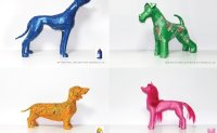 Upcycling artist transforms plastic waste into lovable dogs
