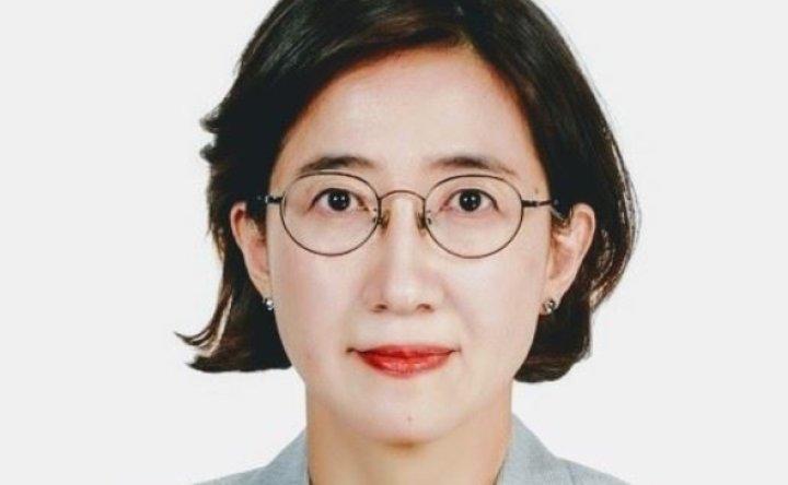 FSC spokeswoman to standardize financial terms