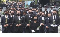 Memorial service held for ex-President Roh Moo-hyun
