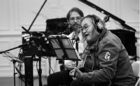 Folk singer says 'bring back hippies' to solve COVID-19 problems