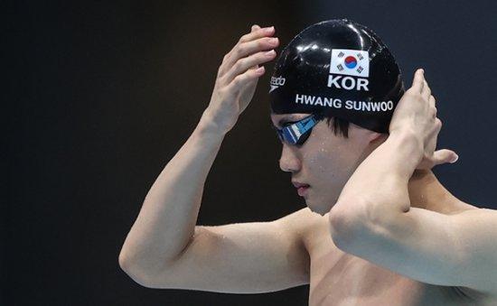 Teen swimming sensation Hwang Sun-woo breaks Asian record in 100m freestyle