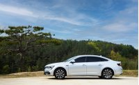 Renault Samsung's SM6 sedan offers best-in-class safety, comfort features to woo consumers