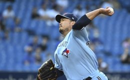 Ryu Hyun-jin wins 1st Toronto start in Canada as Jays top Indians 7-2