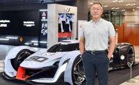 Hyundai chairman visits US to examine tech environment
