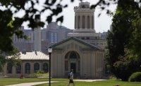 Pandemic pushes steep drop in foreign college students