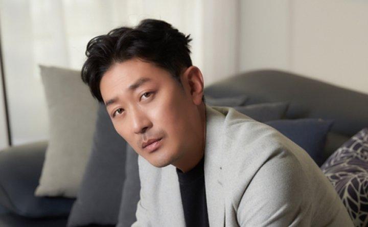Actor Ha Jung-woo under investigation over alleged propofol abuse