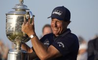 Ageless wonder Mickelson wins PGA to be oldest major champ