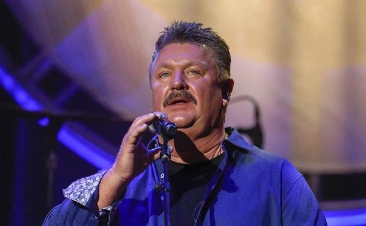 Country singer Joe Diffie tests positive for coronavirus