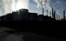 World scrambles to contain damage as greenhouse gas emissions hit record