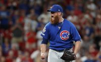 Kimbrel looking to bounce back after tough debut with Cubs