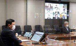 Lotte chief urges breakthrough in e-commerce