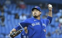 Blue Jays starter Ryu Hyun-jin saddled with loss after one dismal inning