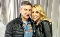 Pop star Britney Spears wants her dad out of the picture